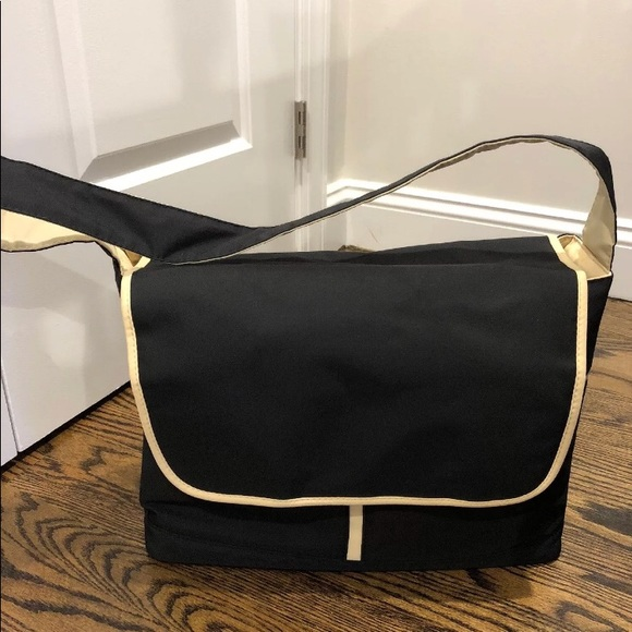 Medela Bags Metro Breast Pump Bag Poshmark